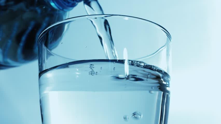 Woda a plastikowy problem.
